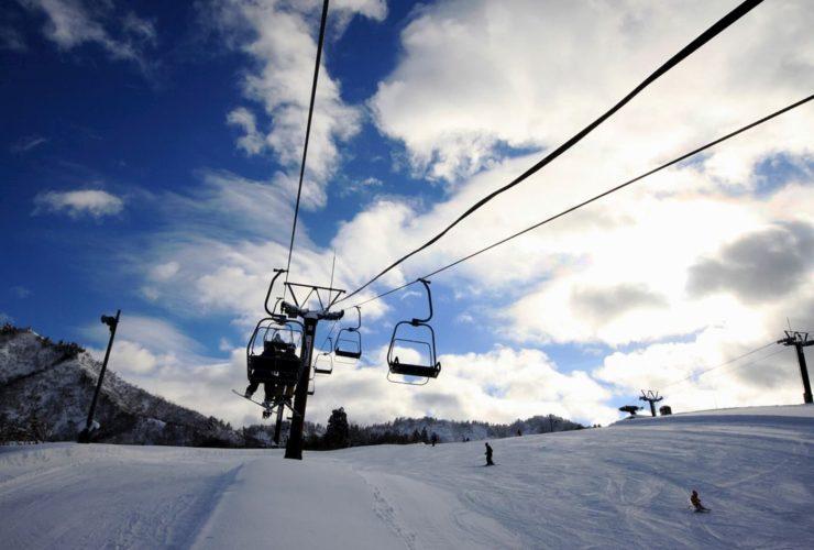 中里スキー学校 | 新潟(湯沢中里スノーリゾート)