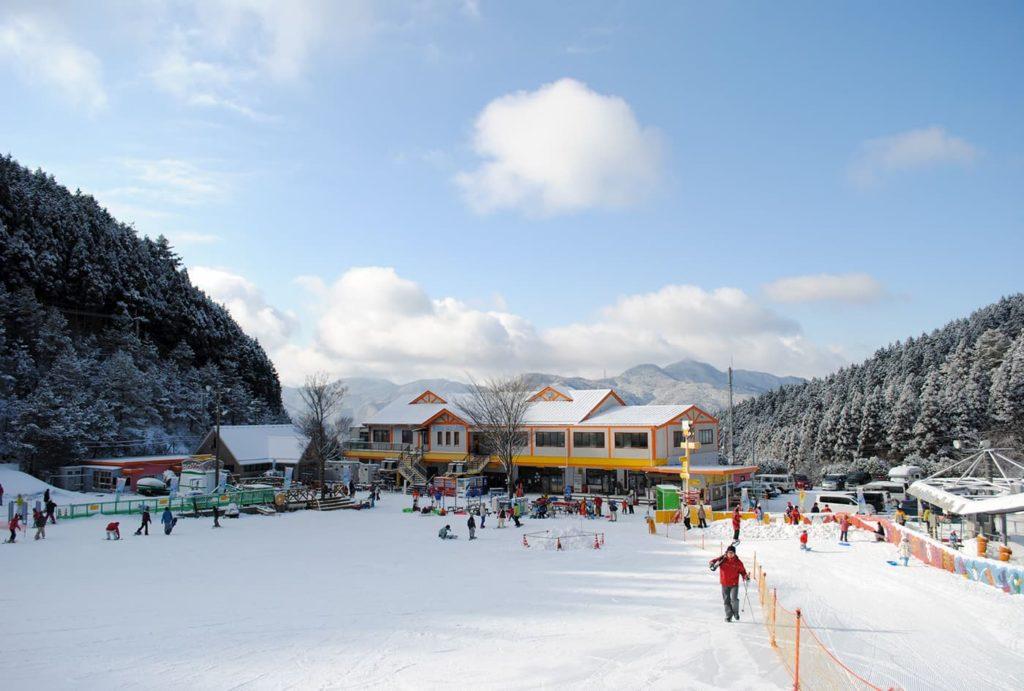 ジュニア無料スキー教室 | 愛媛(久万スキーランド)