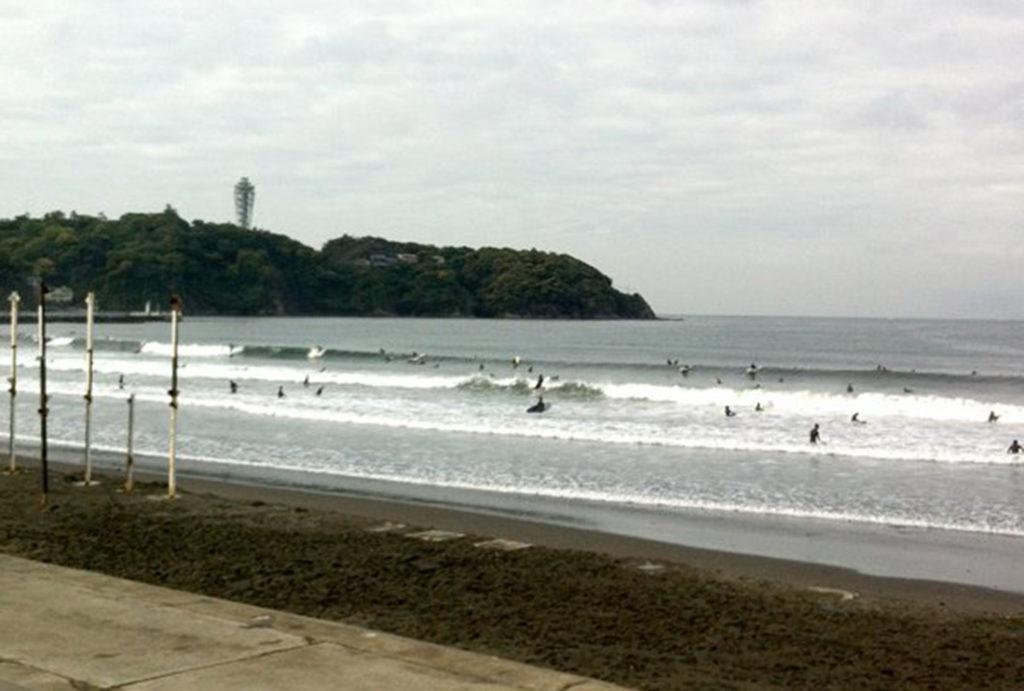 「ジムのようなスマートなサーフィンライフ」をコンセプトにした定額・会員制サーフィンスクール 体験トライアルコース/神奈川県江ノ島(SURF GYM)