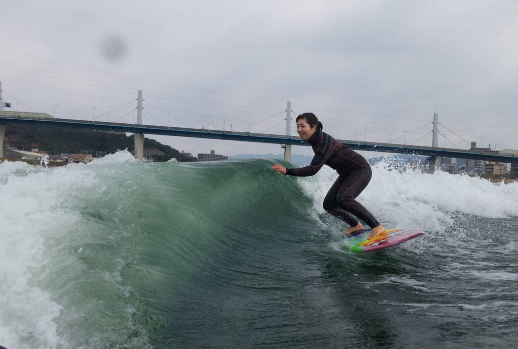 ウェイクサーフィン貸切コース | 広島(太田川放水路、江田島湾)